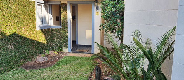 lazy lizard, guest house, accommodation, bed and breakfast, bnb, umhlanga rocks, durban, b&b, family accommodation