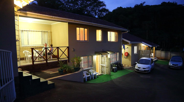 CLINCH SELF CATERING, DURBAN NORTH